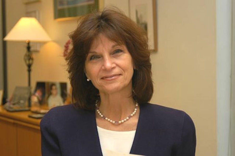 Angela Evans profile headshot