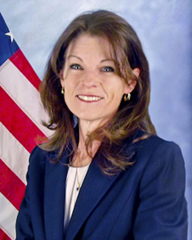 Elizabeth McGrath profile headshot
