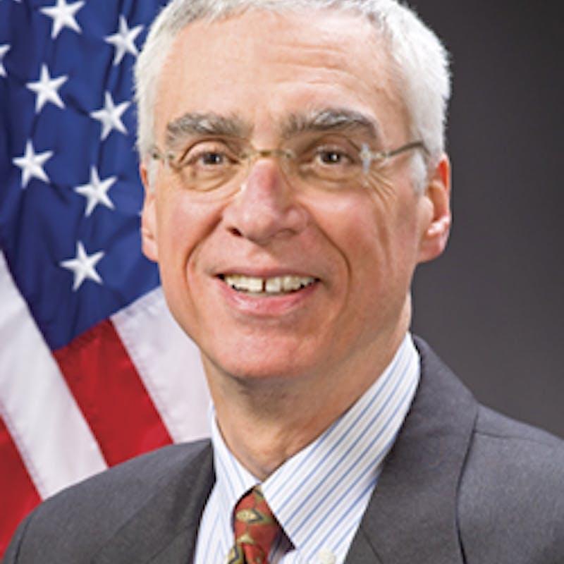 Robert Perciasepe headshot