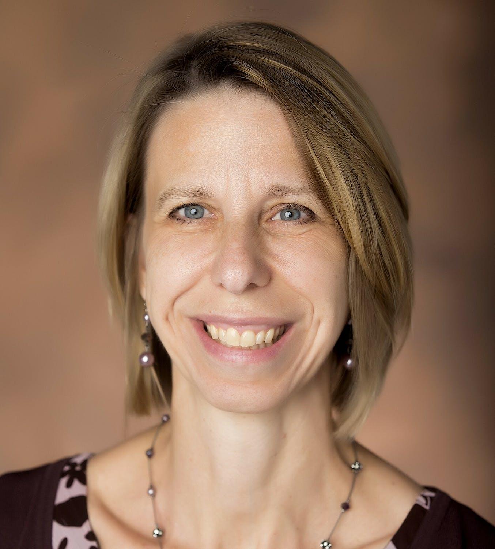 Carolyn Heinrich profile headshot