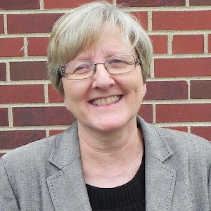 Carol Ebdon headshot