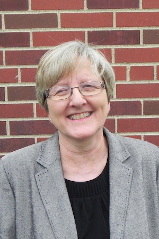 Carol Ebdon profile headshot