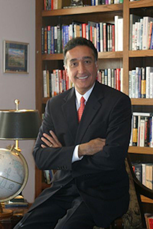 Henry Cisneros profile headshot