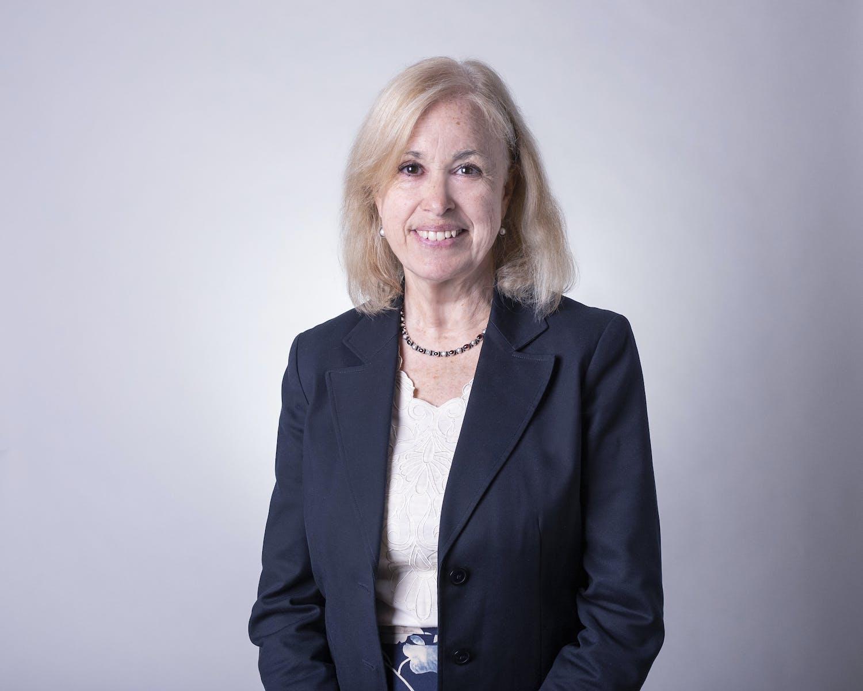 Lisa Blomgren Amsler profile headshot
