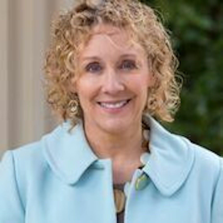 Leisha DeHart-Davis profile headshot