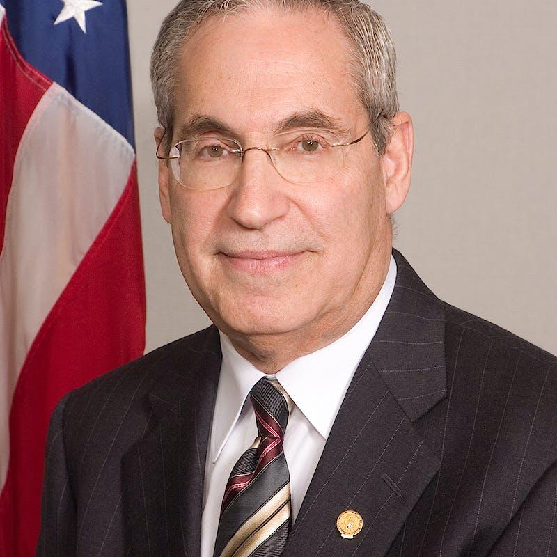 Peter Winokur headshot