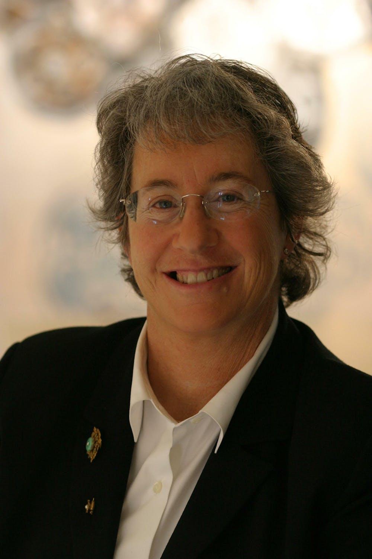 Robin Kramer profile headshot
