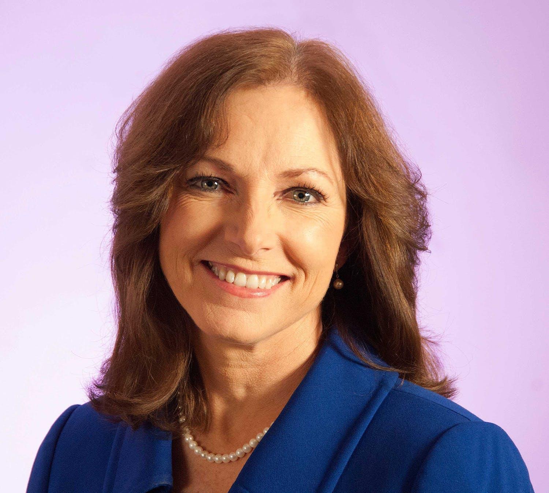 Theresa Pardo profile headshot